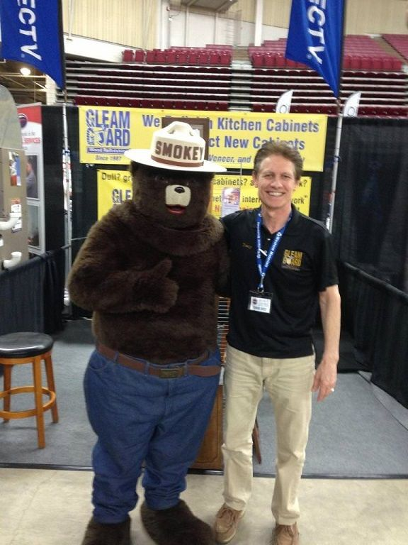 Smokey the bear picture